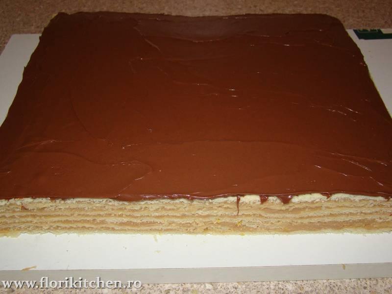 Prajitura-cu-crema-de-caramel40