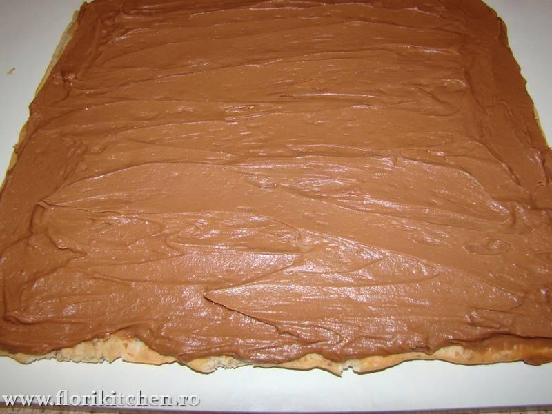 Prajitura-cu-crema-de-mascarpone-si-nutella 19