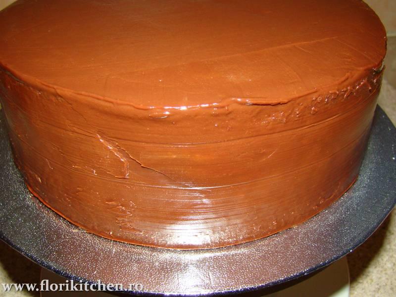 Tort-cu-ciocolata11