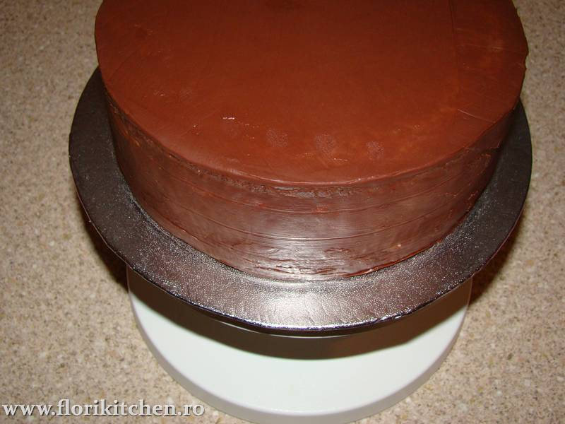 Tort-cu-ciocolata12